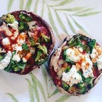 simple-girl-portabello-mushroom-pizza-fitmom2three-recipe.jpg